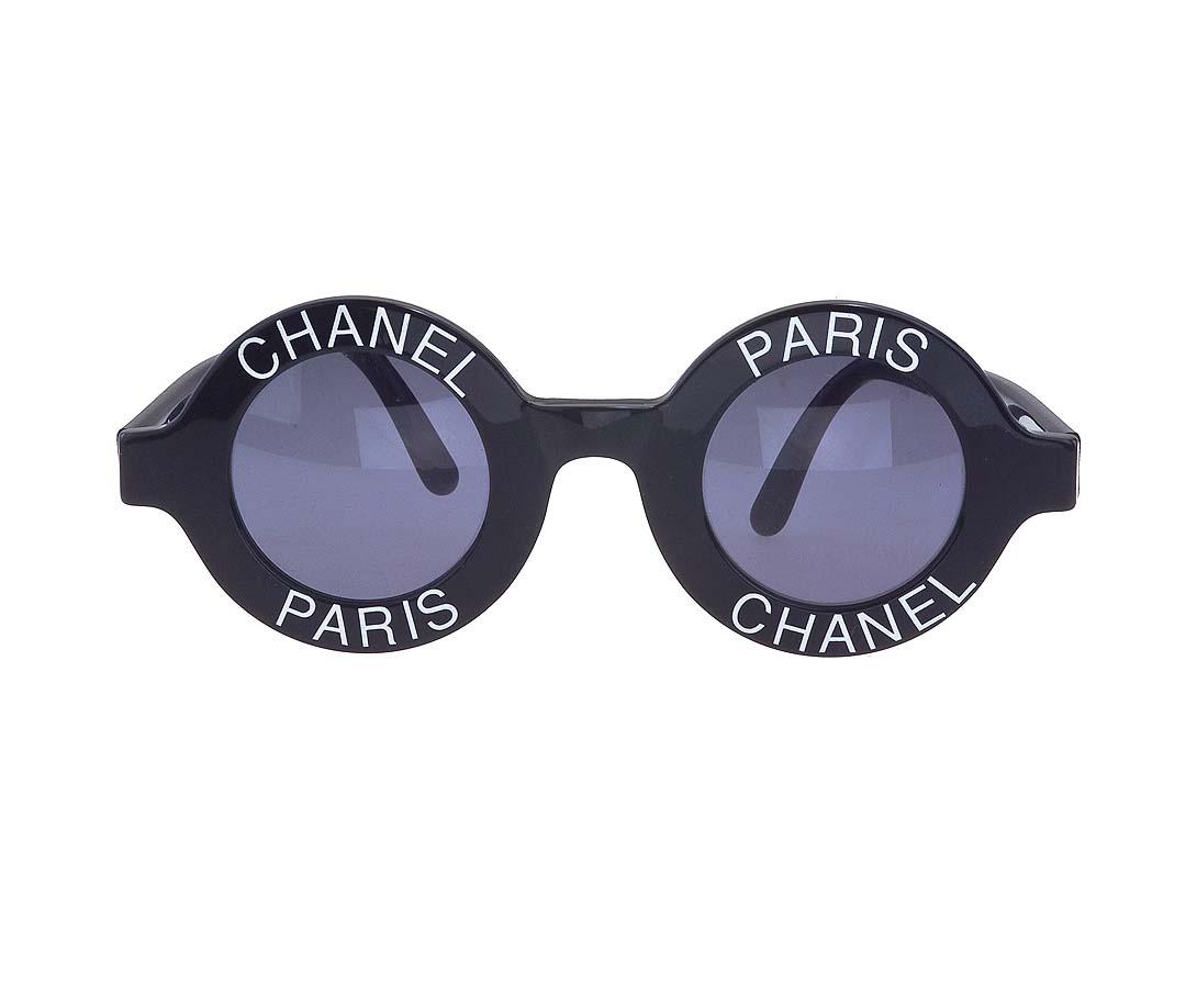 "VINTAGE CHANEL ""CHANEL PARIS"" LOGO FRAME SUNGLASSES - 1"