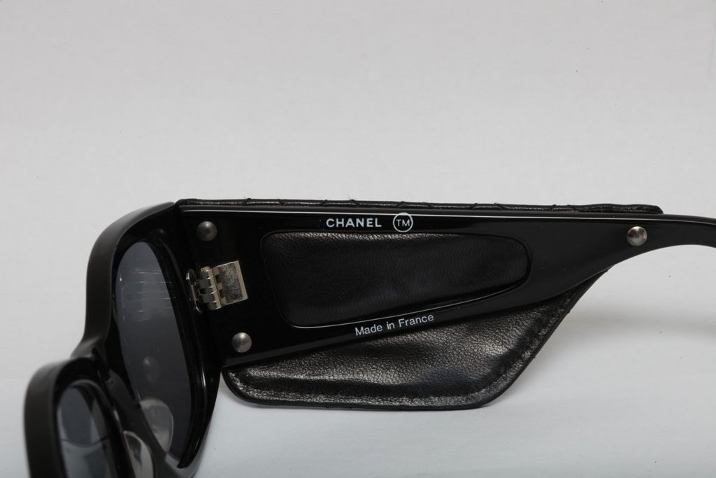 6ee9104f310 CHANEL VINTAGE QUILTED LEATHER SUNGLASSES. Previous  Next