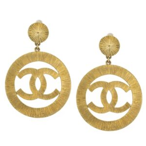 VINTAGE CHANEL CC LARGE GOLD DANGLING EARRINGS – ON HOLD