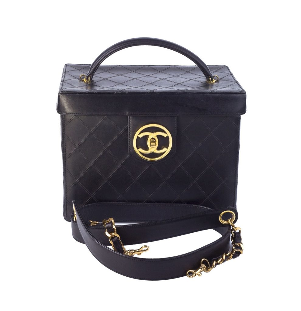 vintage chanel quilted vanity case bag pre order. Black Bedroom Furniture Sets. Home Design Ideas
