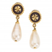 VINTAGE CHANEL DANGLING EARRINGS WITH CLOVER AND PEARLS – SOLD