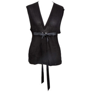 VINTAGE CHANEL BLACK SLEEVELESS KNIT TOP WITH BOW